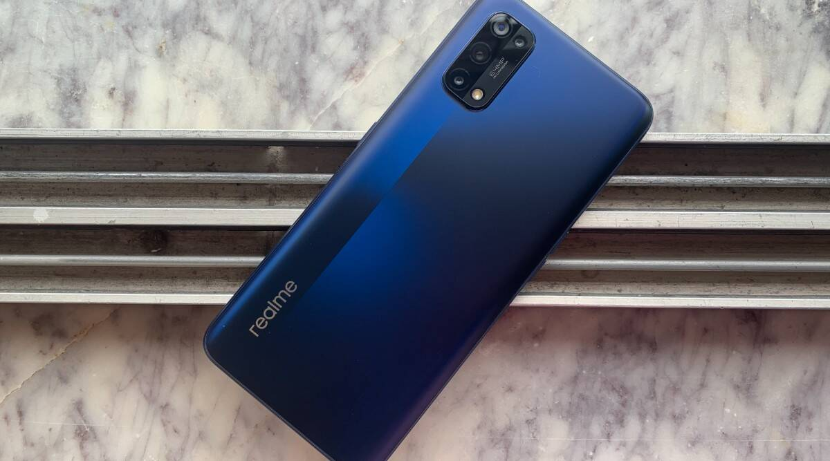 Realme 8GB smartphone becomes 3000 less of it's cost